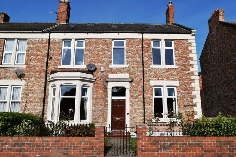 3 Bedrooms Terraced House for sale in Lovaine Place, North Shields - Three Bedroom Semi Detached House