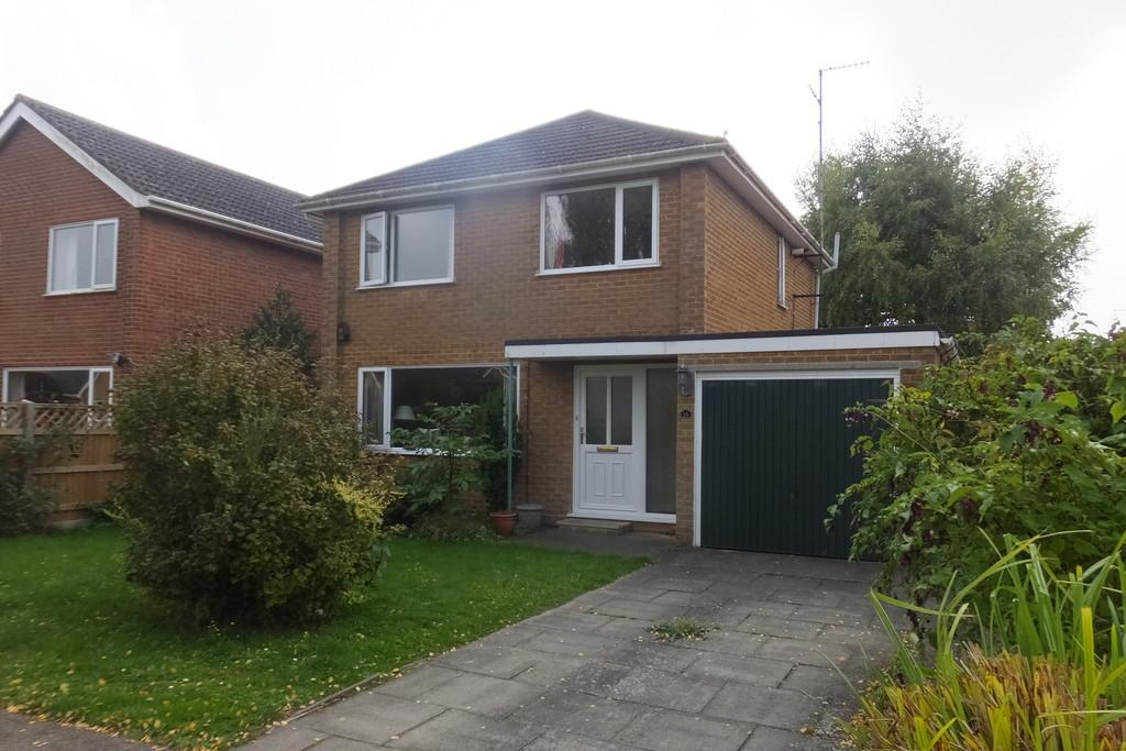 3 Bedrooms Detached House for sale in Forge Crescent, Pinchbeck