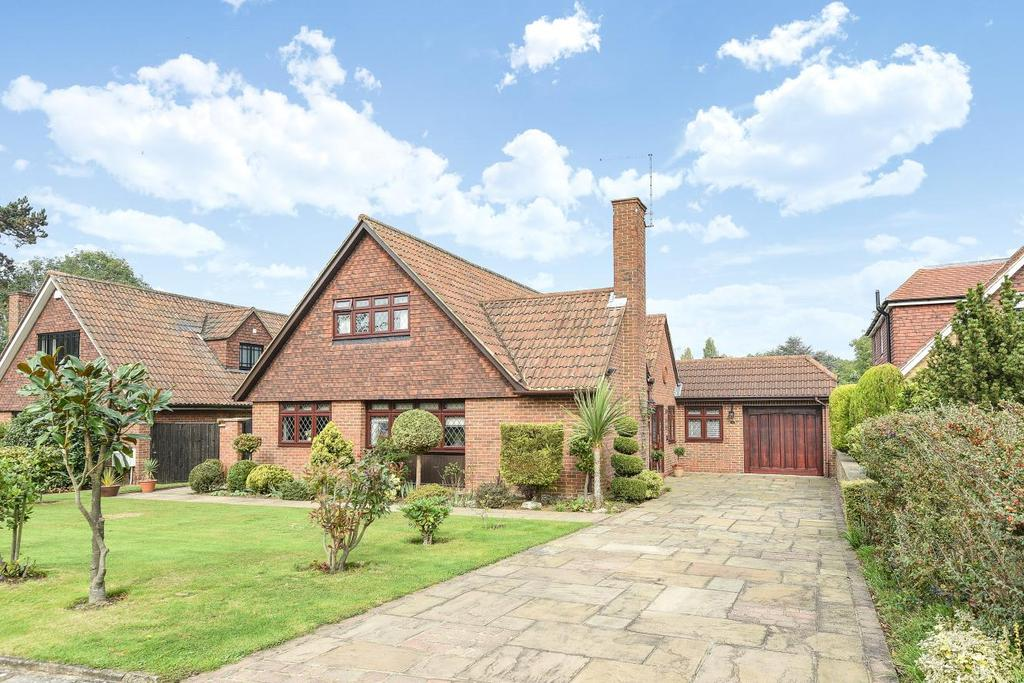 4 Bedrooms Detached House for sale in Ashfield Lane, Chislehurst