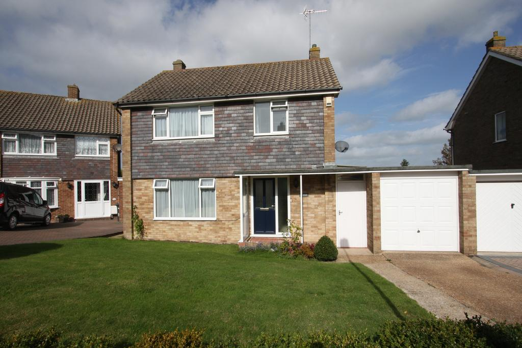 3 Bedrooms Detached House for sale in Gloucester Close, Eastbourne