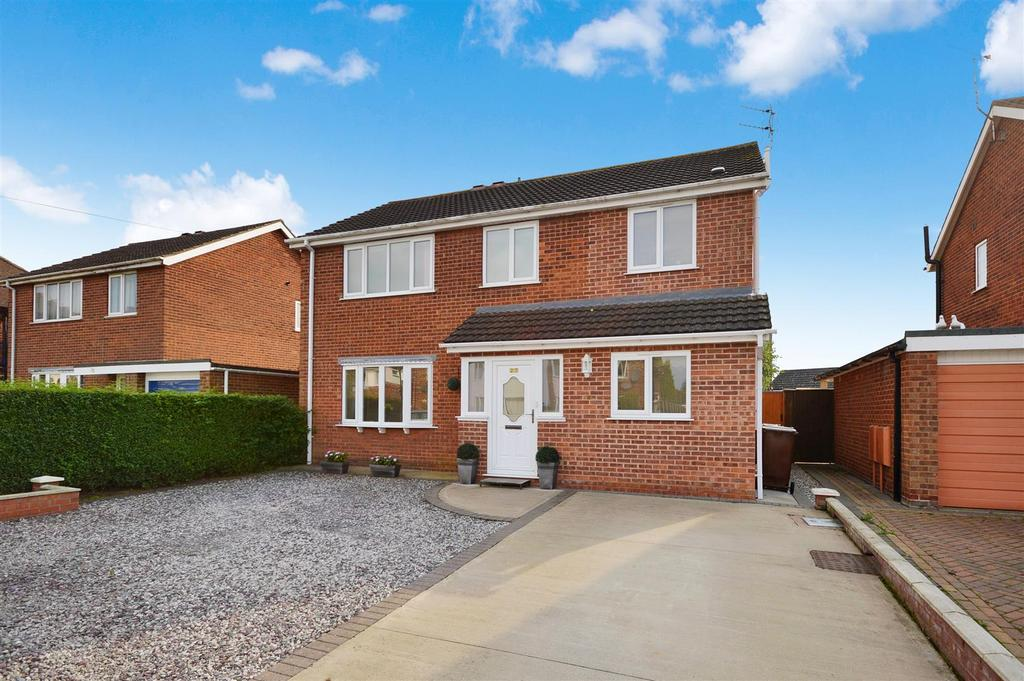 4 Bedrooms Detached House for sale in Glenwood Grove, Lincoln