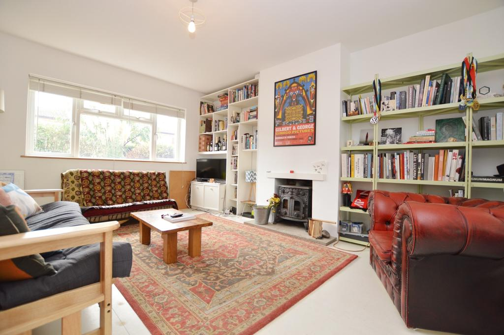 3 Bedrooms Semi Detached House for sale in Bird In Bush Road Peckham SE15