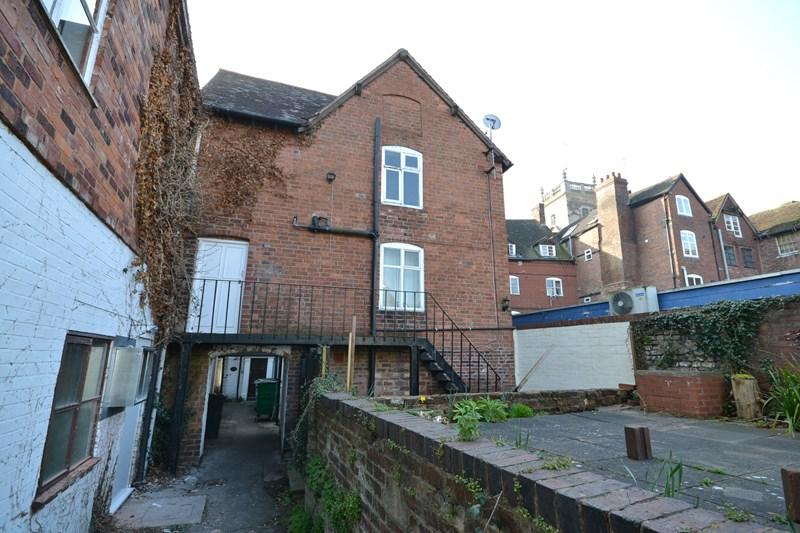 2 Bedrooms Flat for rent in Load Street, Bewdley