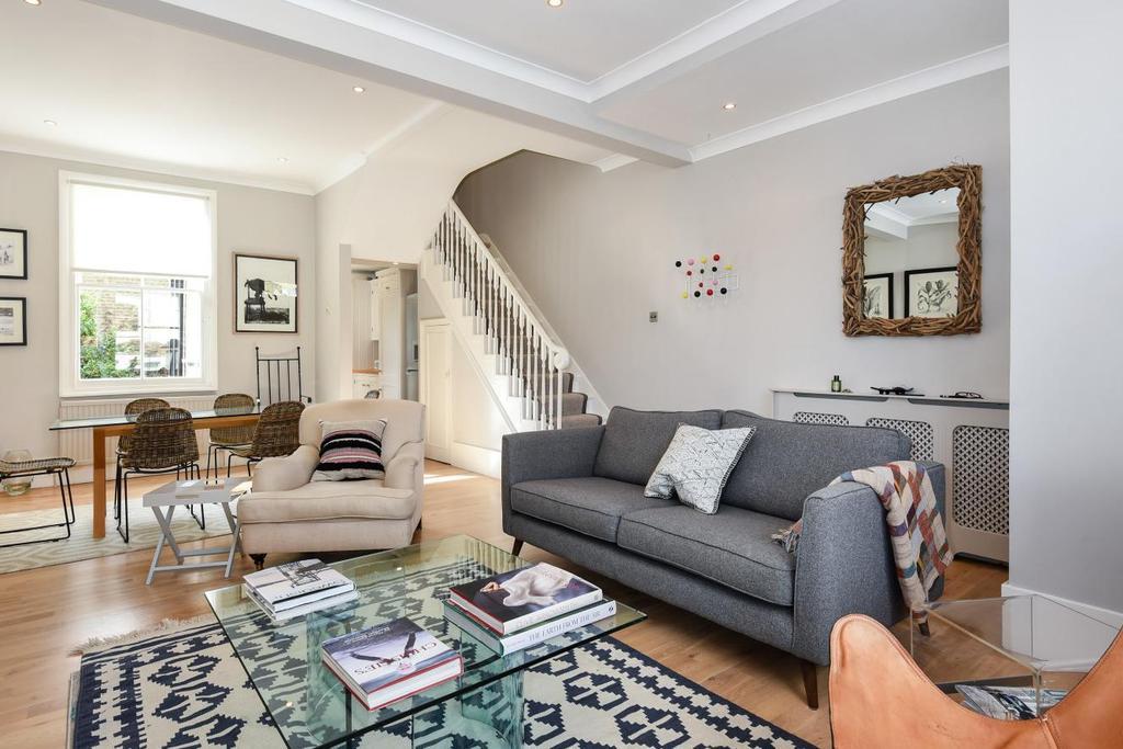 3 Bedrooms Maisonette Flat for sale in Pellant Road, Fulham