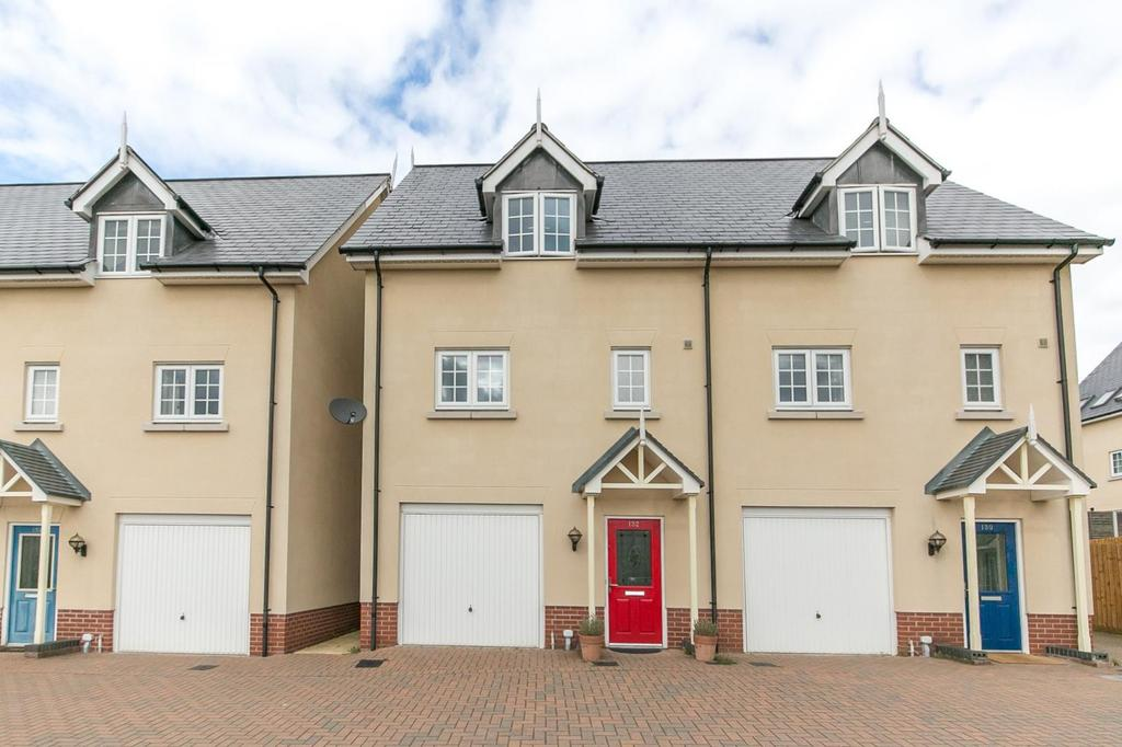 3 Bedrooms Town House for sale in Axial Drive, Colchester CO4