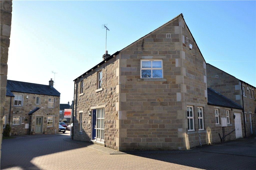 3 Bedrooms Detached House for sale in Sedgegarth, Thorner, Leeds, West Yorkshire