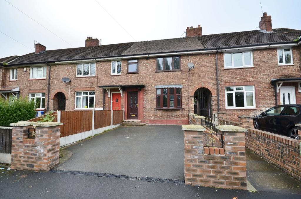 3 Bedrooms Terraced House for sale in Peveril Road, Broadheath, Altrincham
