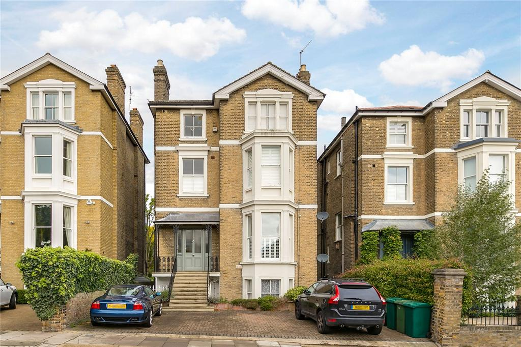 2 Bedrooms Flat for sale in Kings Road, Richmond, Surrey