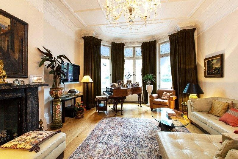 2 Bedrooms Flat for sale in Hamilton Terrace, St John's Wood
