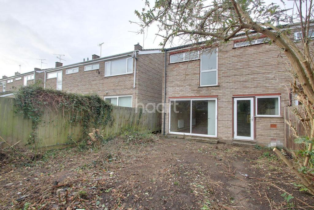 3 Bedrooms Semi Detached House for sale in Lindisfarne Road