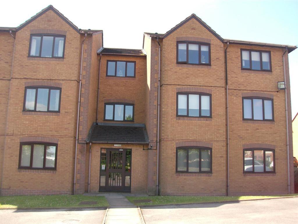 1 Bedroom Flat for sale in High Ridge Close, Aldridge, Walsall