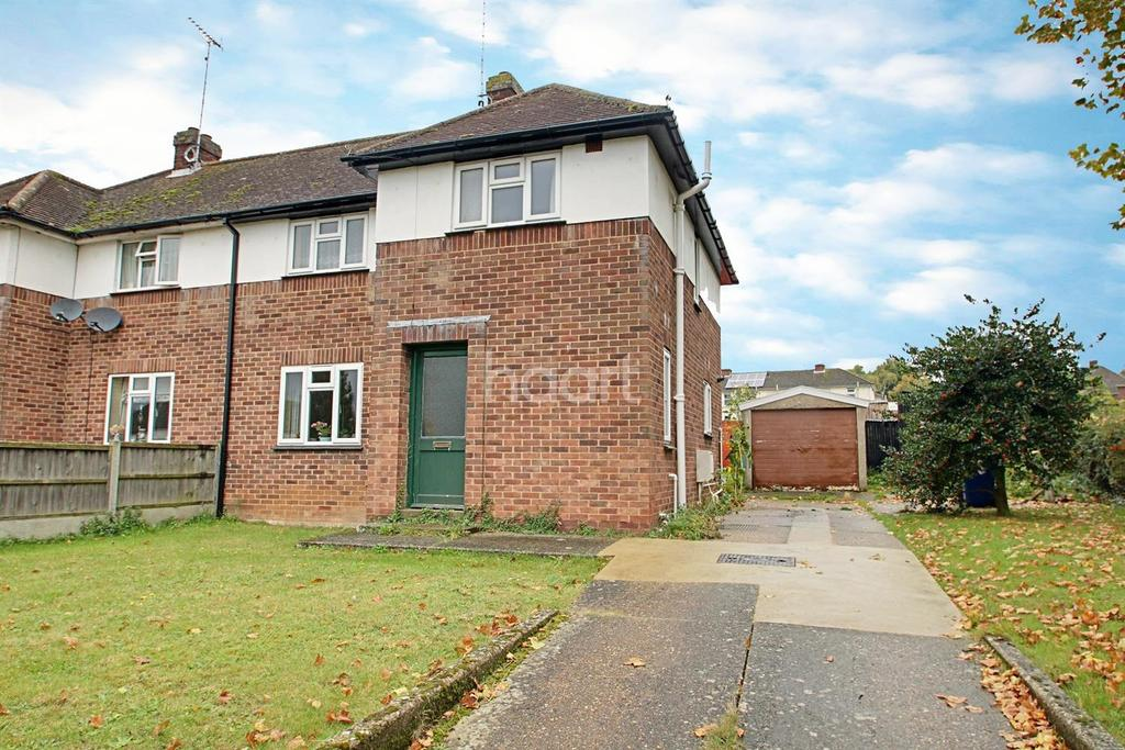 3 Bedrooms Semi Detached House for sale in Abbot Road