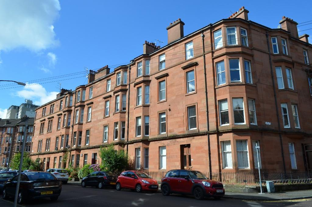 1 Bedroom Flat for sale in Clincart Road, Flat 3/1, Mount Florida, Glasgow , G42 9DP