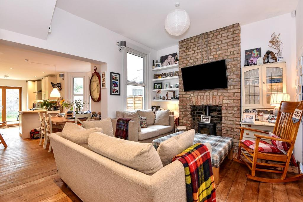 3 Bedrooms Terraced House for sale in Lyham Road, Brixton