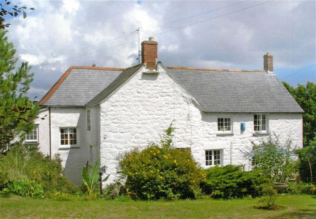 5 Bedrooms Detached House for sale in St Keverne, Helston, Cornwall, TR12