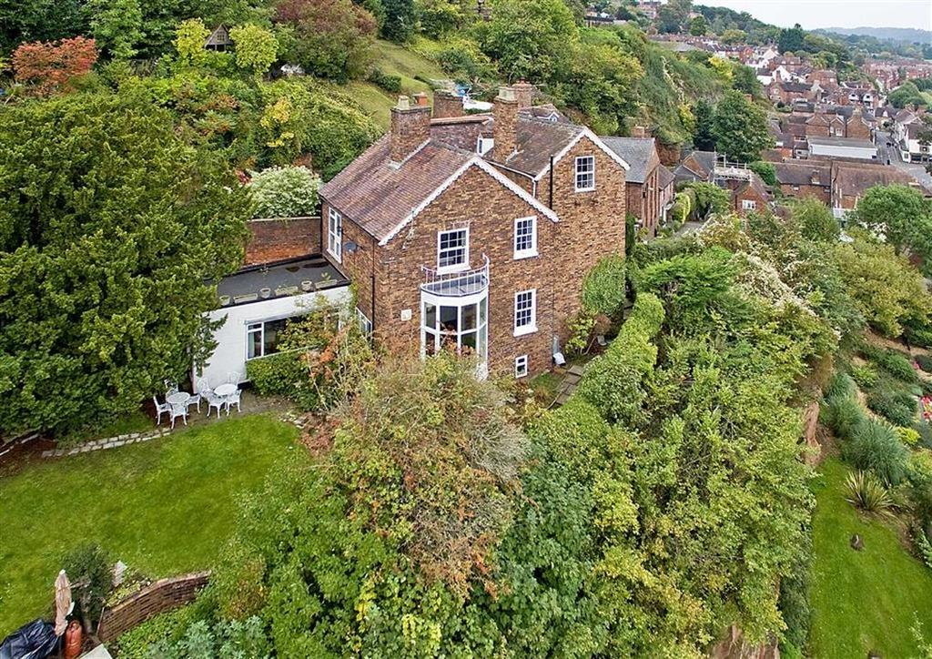 6 Bedrooms Detached House for sale in Castle Cliffe House, 24, St Marys Steps, High Town, Bridgnorth, Shropshire, WV16