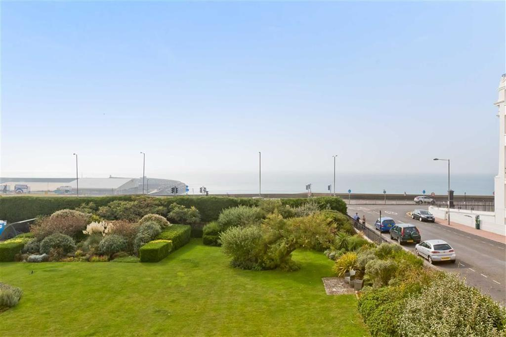 3 Bedrooms Apartment Flat for sale in The French Apartments, Btn, East Sussex