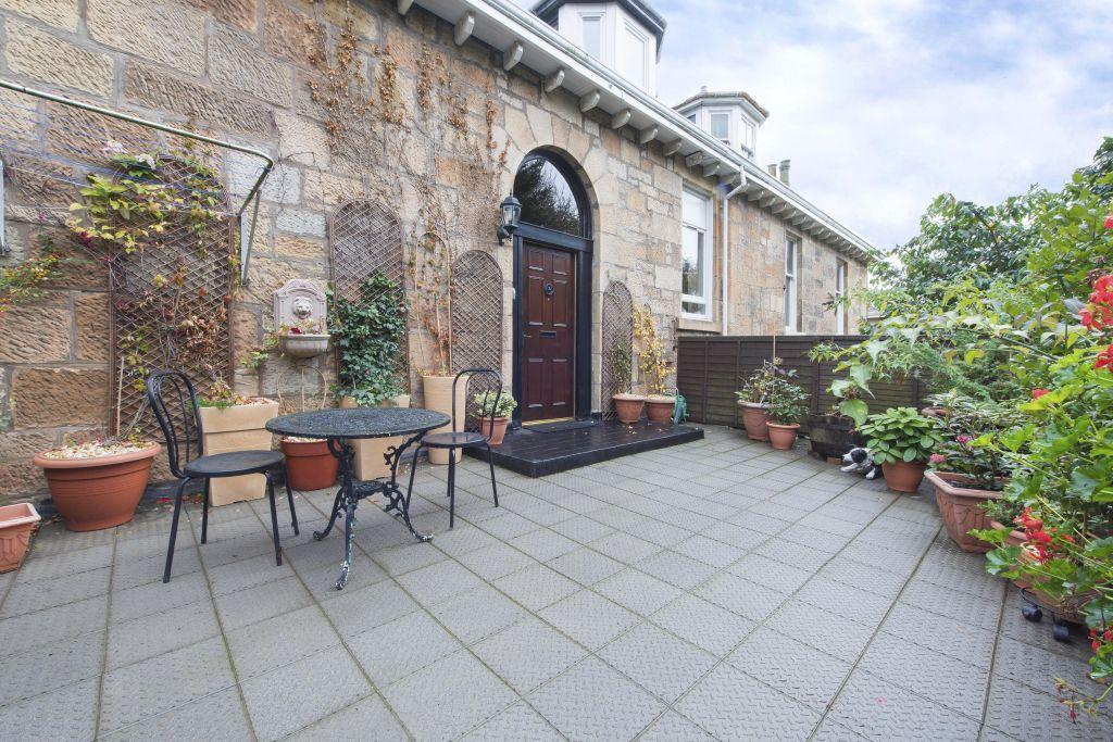 4 Bedrooms Barn Conversion Character Property for sale in 16 Ledard Road, Langside, Glasgow, G42 9UU