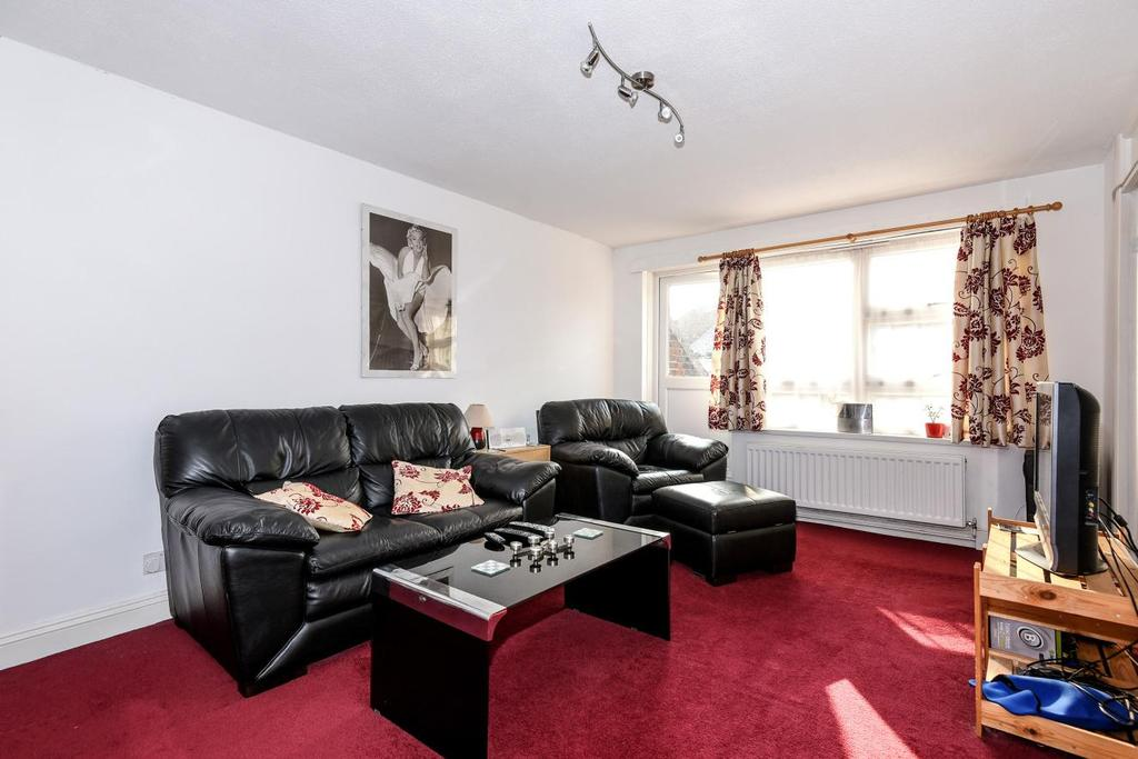 1 Bedroom Flat for sale in Malham Road, Forest Hill