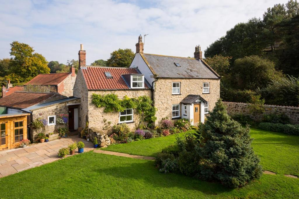 5 Bedrooms Country House Character Property for sale in Acklam, Malton
