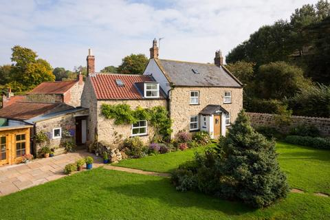 5 bedroom country house for sale - Acklam, Malton