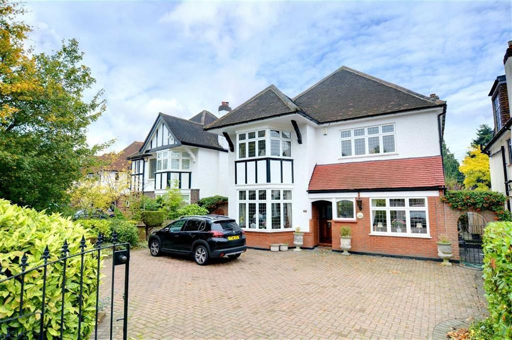 4 Bedrooms Detached House for sale in Widmore Road, Bromley, Kent