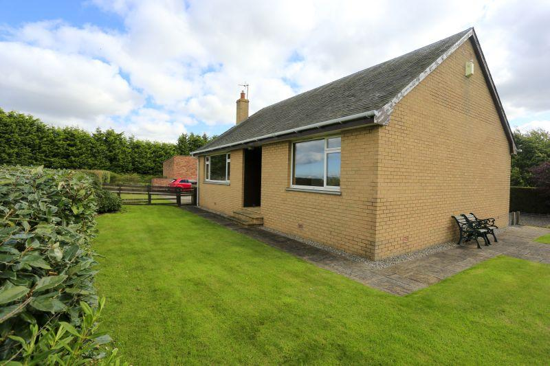 3 Bedrooms Bungalow for sale in 19A Damhead, Lothianburn EH10