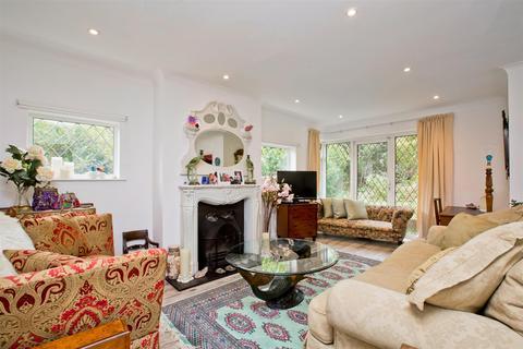 5 bedroom detached bungalow for sale - Shepherds Croft, Withdean, Brighton