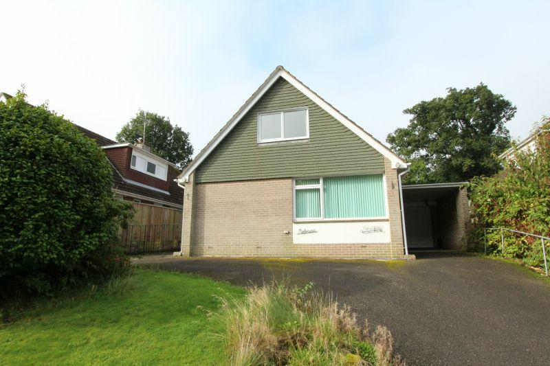 3 Bedrooms Detached Bungalow for sale in BEECH PARK, WEST HILL