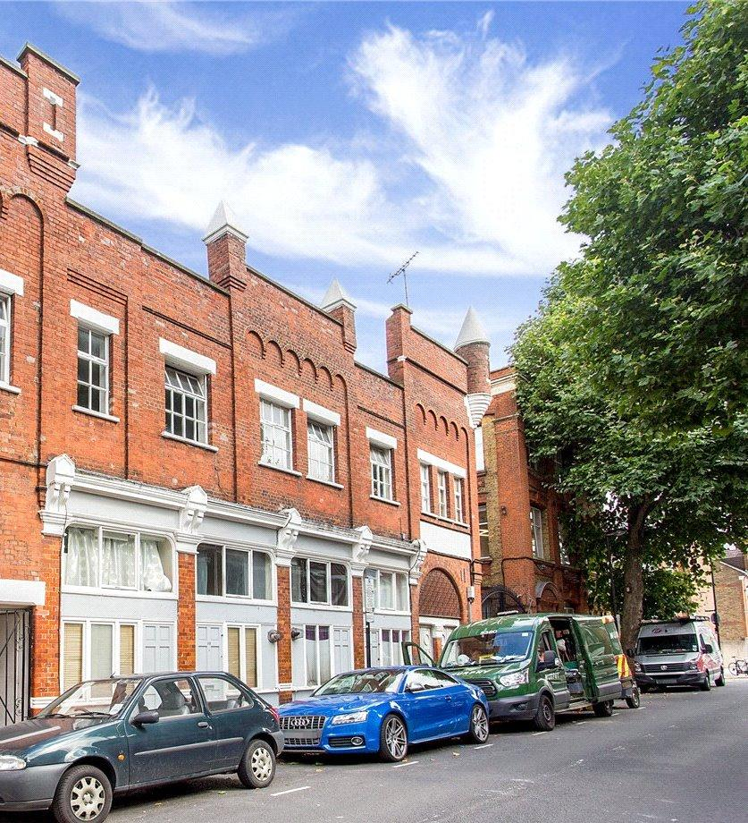 2 Bedrooms Flat for sale in Ronalds Road, London, N5