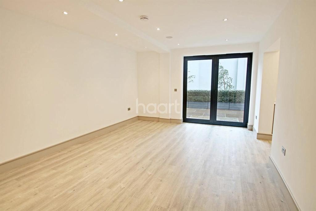 3 Bedrooms Flat for sale in Honeywood Heights, NW10