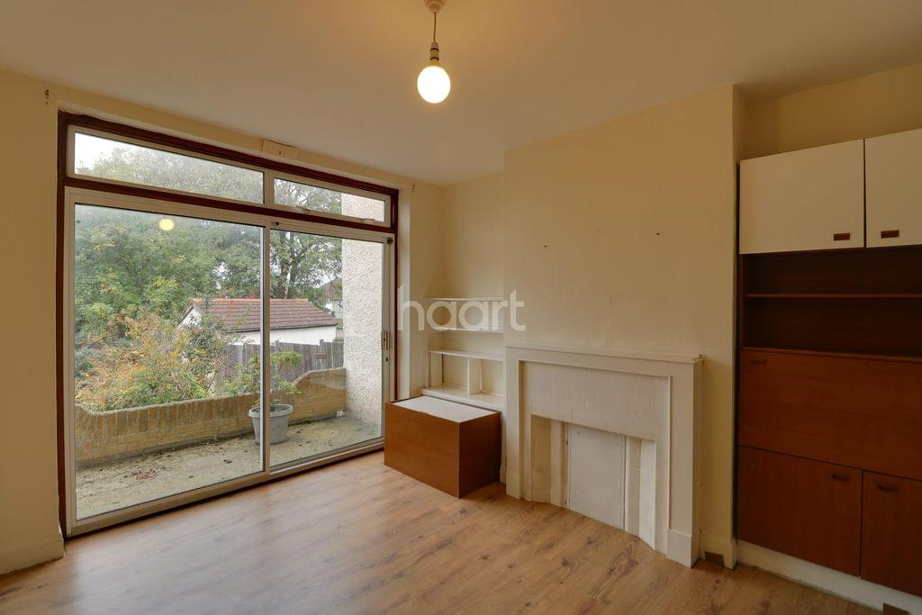 3 Bedrooms Semi Detached House for sale in Grove Crescent, London NW9