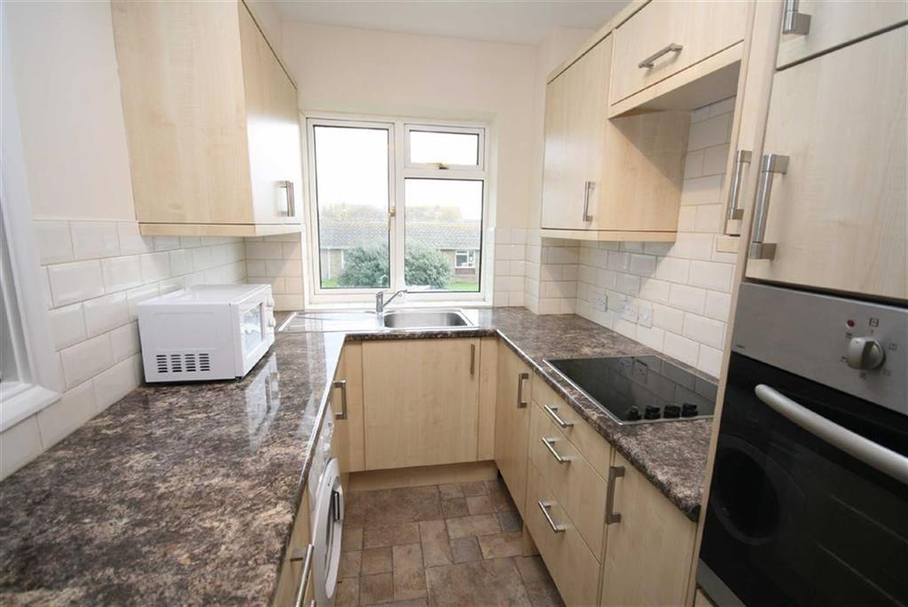 1 Bedroom Flat for sale in Fairfield, Sutton Avenue, Peacehaven