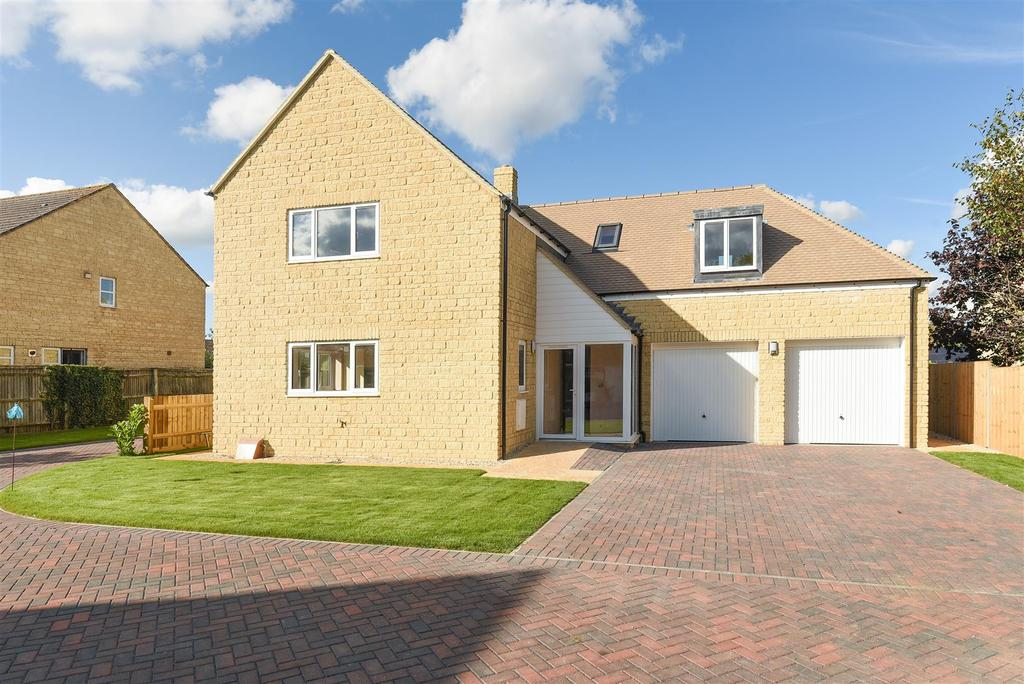 4 Bedrooms Detached House for sale in Park Road, North Leigh, Witney