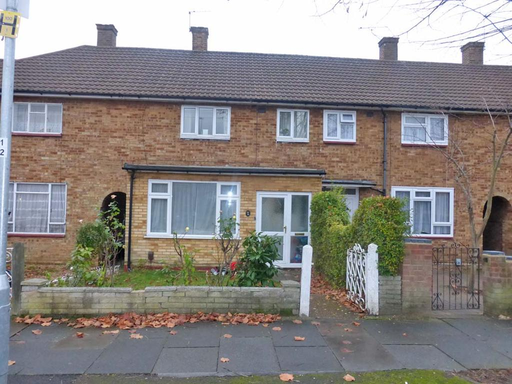 2 Bedrooms Terraced House for sale in BARNSTAPLE ROAD, HAROLD HILL RM3