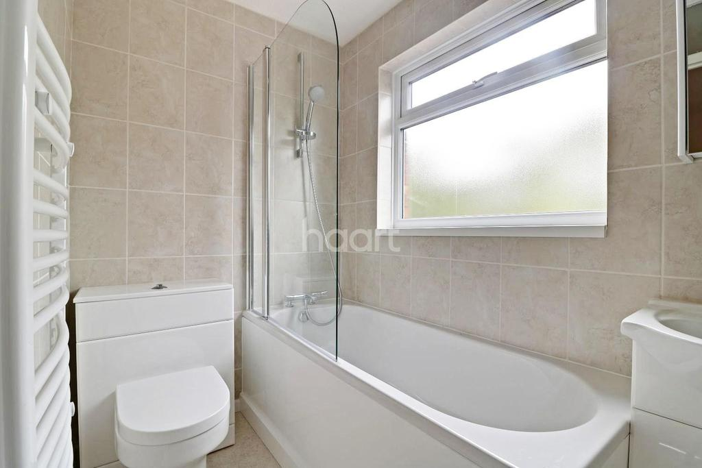 3 Bedrooms End Of Terrace House for sale in Hambledon Close, Uxbridge