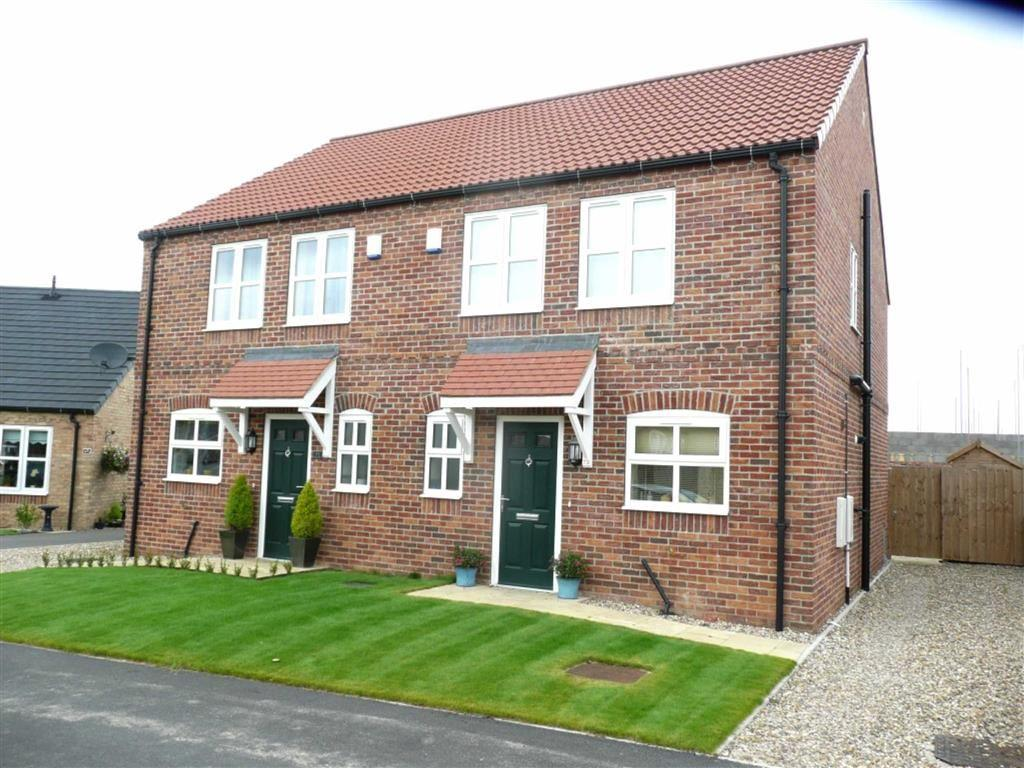 3 Bedrooms Semi Detached House for sale in Reynards Avenue, Dawnay Park, Driffield, East Yorkshire