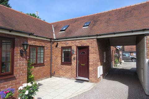 2 bedroom semi-detached house to rent - The Stableyard, Overton-On-Dee, LL13