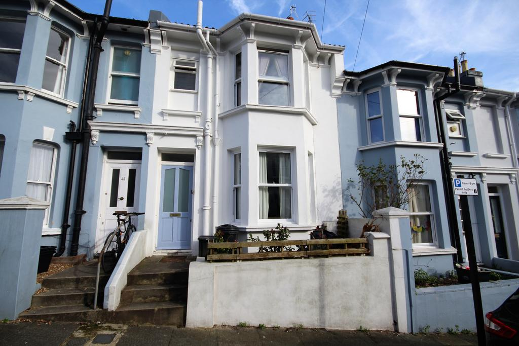 3 Bedrooms Terraced House for sale in Crescent Road, Brighton BN2