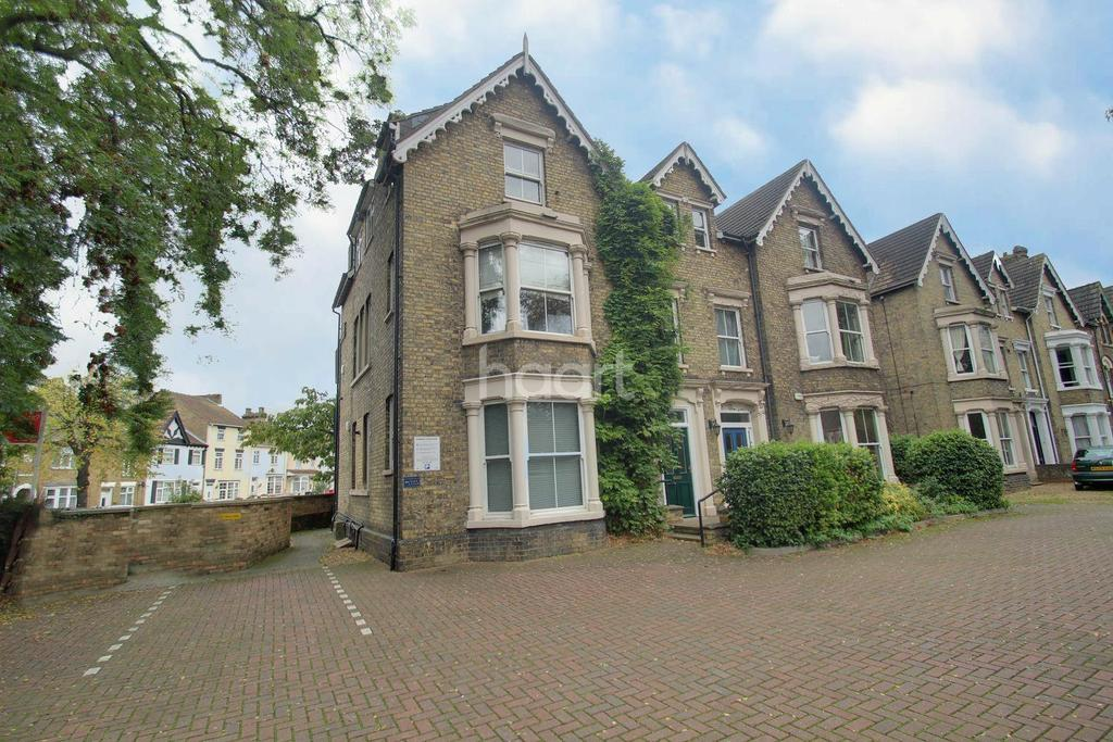 1 Bedroom Flat for sale in Lincoln Road, Peterborough