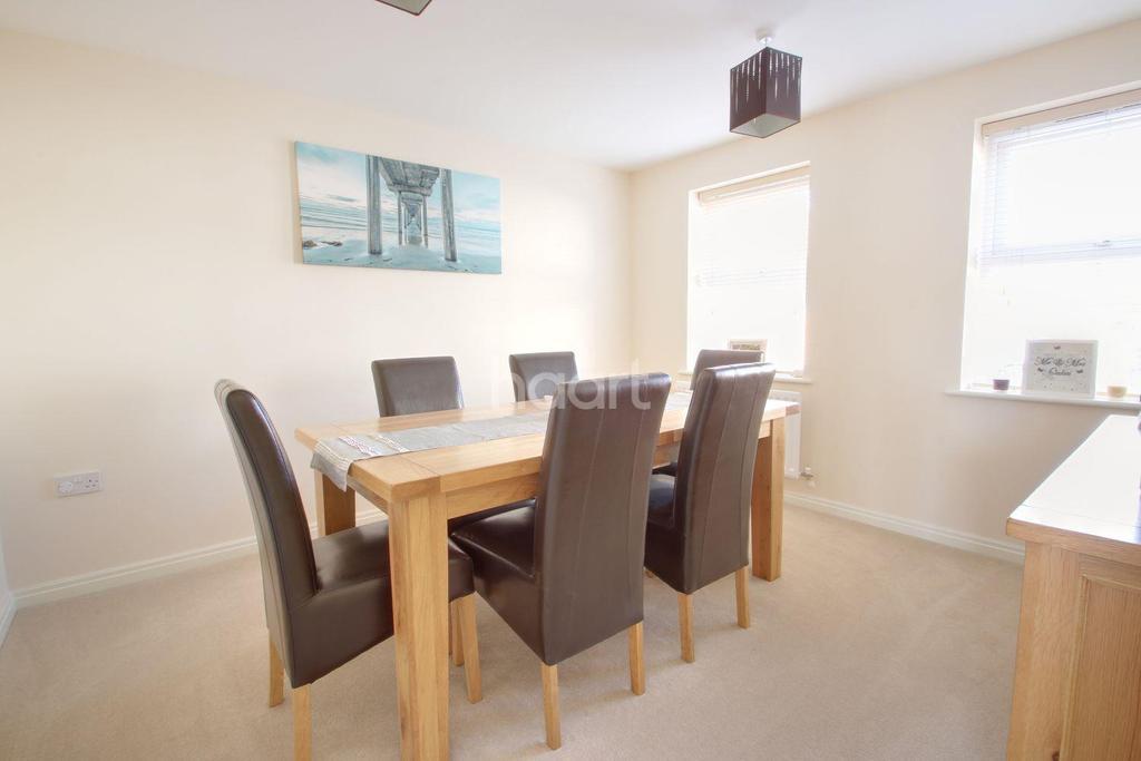 5 Bedrooms Detached House for sale in Hornbeam Way, Kirkby-in-Ashfield
