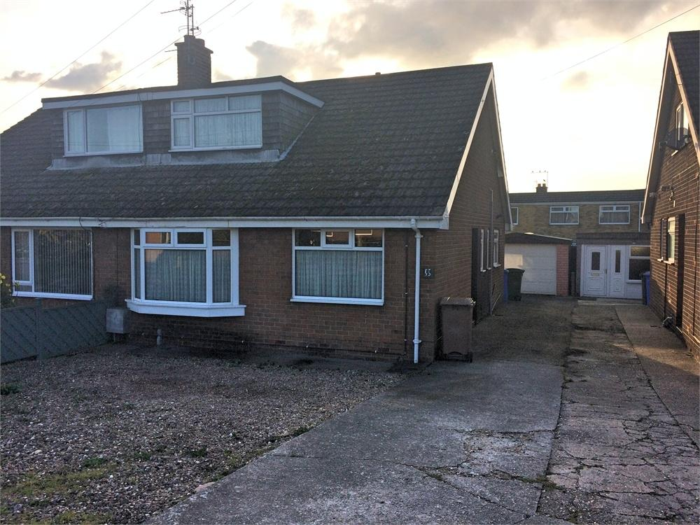 2 Bedrooms Semi Detached Bungalow for sale in Eastfield Road, Keyingham, East Riding of Yorkshire