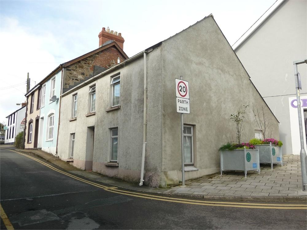 2 Bedrooms End Of Terrace House for sale in 2 Ropewalk, Fishguard, Pembrokeshire