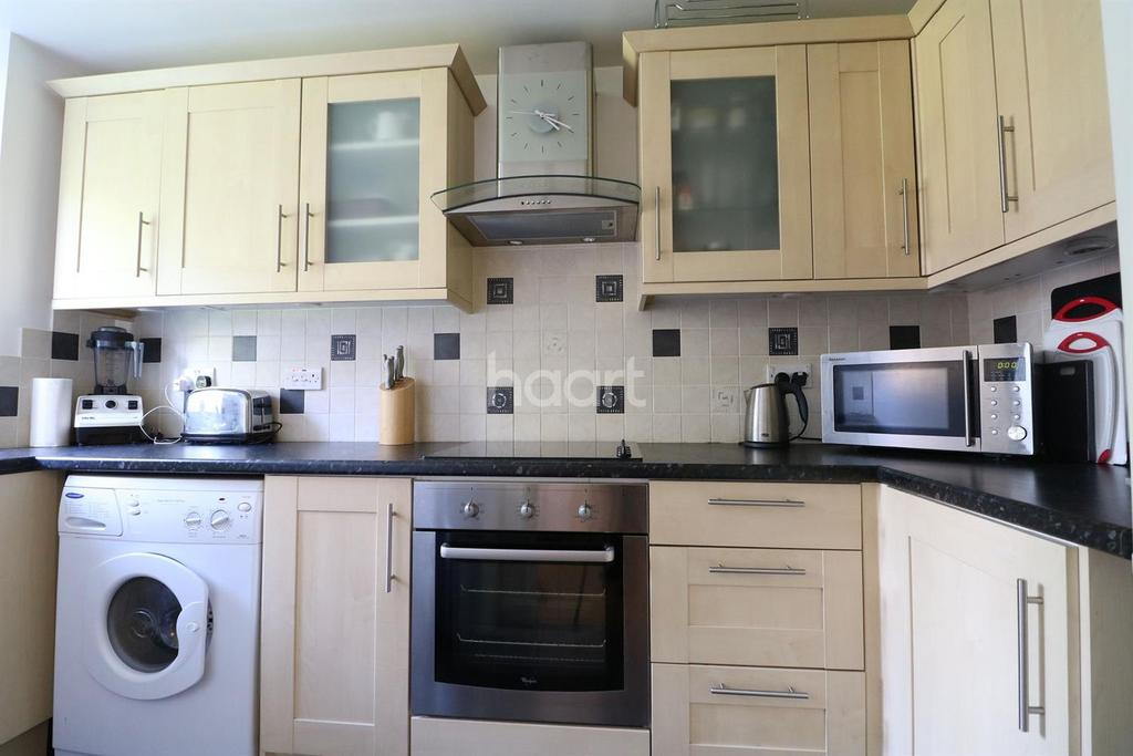 1 Bedroom Flat for sale in Lowestoft Drive - NO STAMP DUTY