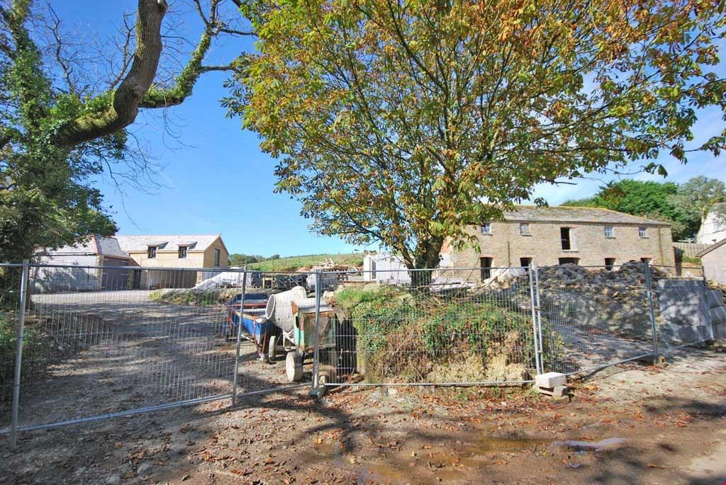 4 Bedrooms Barn Conversion Character Property for sale in St Allen, Nr. Truro, South Cornwall, TR4
