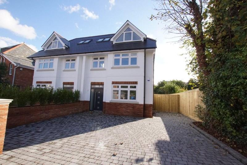 4 Bedrooms Semi Detached House for sale in Sandringham Road, Lower Parkstone, Poole