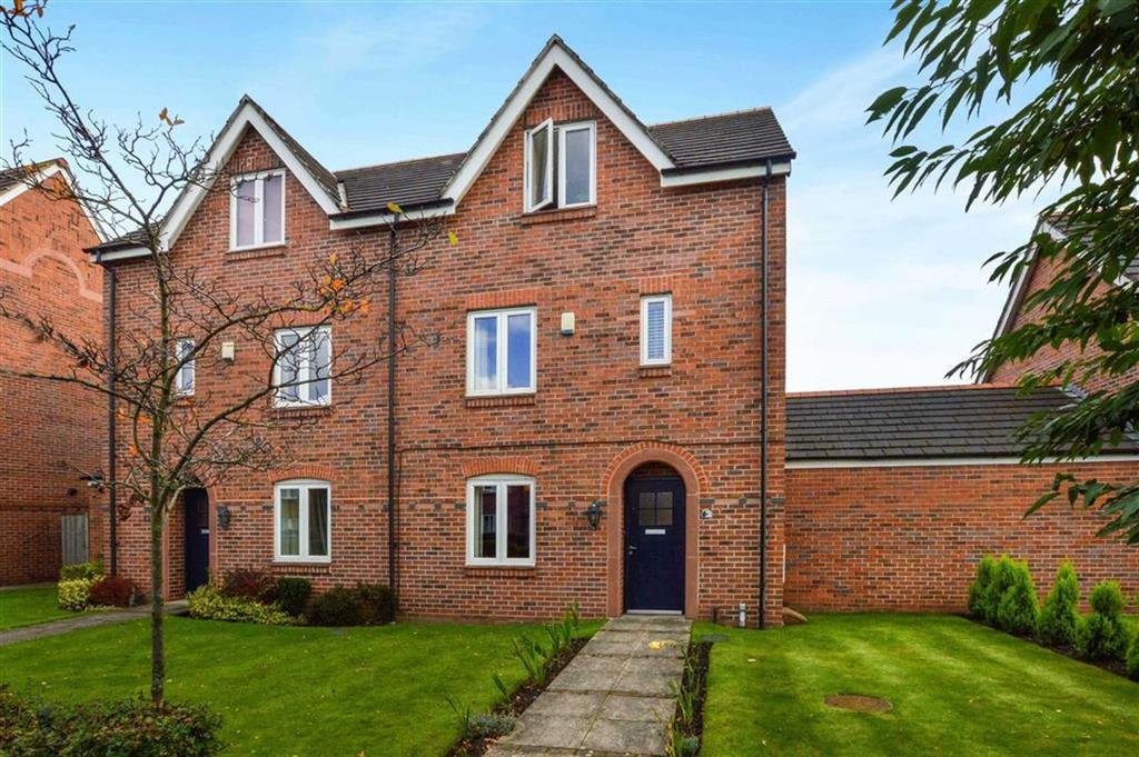 4 Bedrooms Town House for sale in Turnbull Road, Timperley, Cheshire, WA14