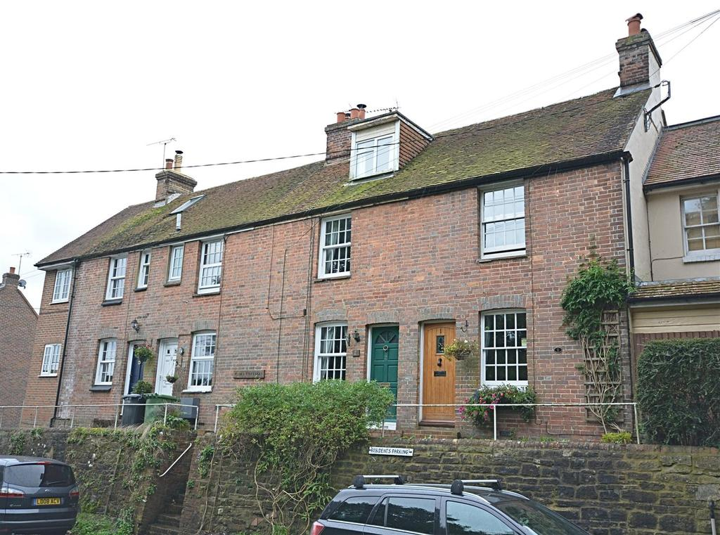 2 Bedrooms Terraced House for sale in Marley Lane, Battle