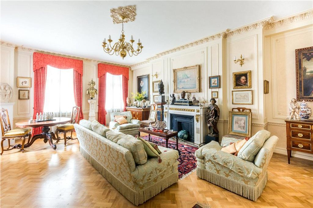 3 Bedrooms Flat for sale in Mansfield Street, Marylebone, London, W1G