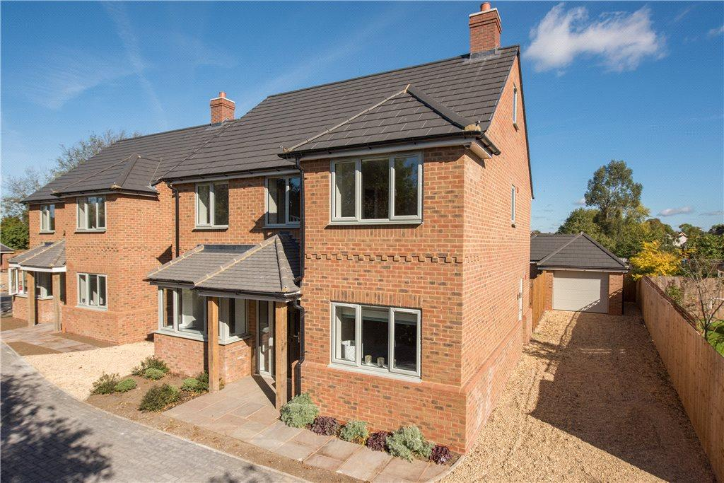 5 Bedrooms Detached House for sale in Morteyne Meadows, Marston Moretaine, Bedfordshire